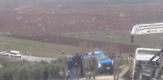 Kilis'te askeri araç devrildi: Yaralılar var!